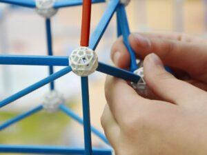 zometool-konstruktorska-igraca-za-otroke-arhitektura-za-otroke