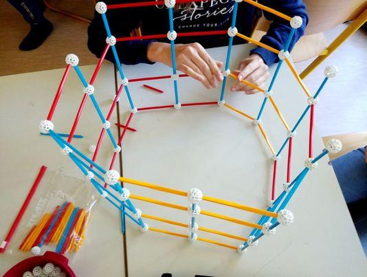 zometool-konstruktorska-igraca-za-otroke-arhitektura-za-otroke-gradnja-prostorska-predstava