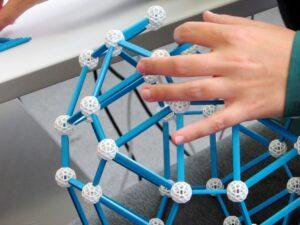 zometool-konstruktorska-igraca-za-otroke-arhitektura-za-otroke-prostorska-predstava