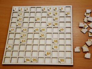 leseni-stoticni-kvadrat-sestevanje-odstevanje-vaja-stevil-1-do-100-lasersko-graviranje