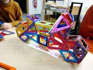 Magformers-magnetki-oblike-set-30-prostorska-predstava-trgovina-zavod-simetris