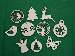 okrasek-paket-leseni-okrasek-za-smrekico-božična-dekoracija-novoletna-jelka
