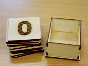 komplet-lesenih-tipnih-stevil-0-10-skatlica-lasersko-graviranje