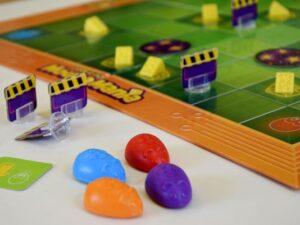 mouse-mania-namizna-strateska-igra-za-celo-druzino-figurice